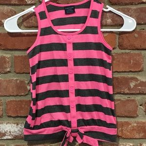 Hot pink and gray striped tank top.